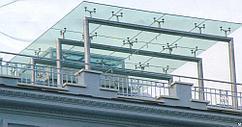 Навес из стекла с  металлокаркасом