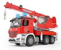 Брудер пожарный автокран Bruder MB Arocs с модулем со световыми и звуковыми эффектами 03-675