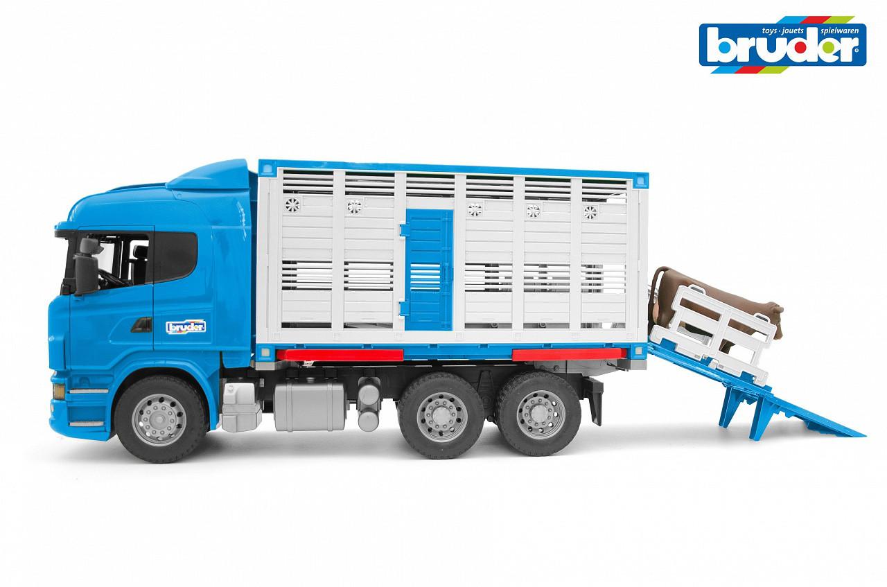 Bruder Игрушечный Грузовик для перевозки животных Scania с коровой (Брудер)