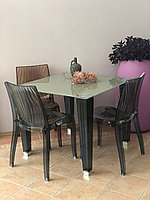 Набор: стол стеклянный и 4 стула
