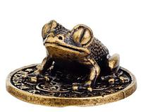 Сувенир денежная лягушка на монете Геленджик