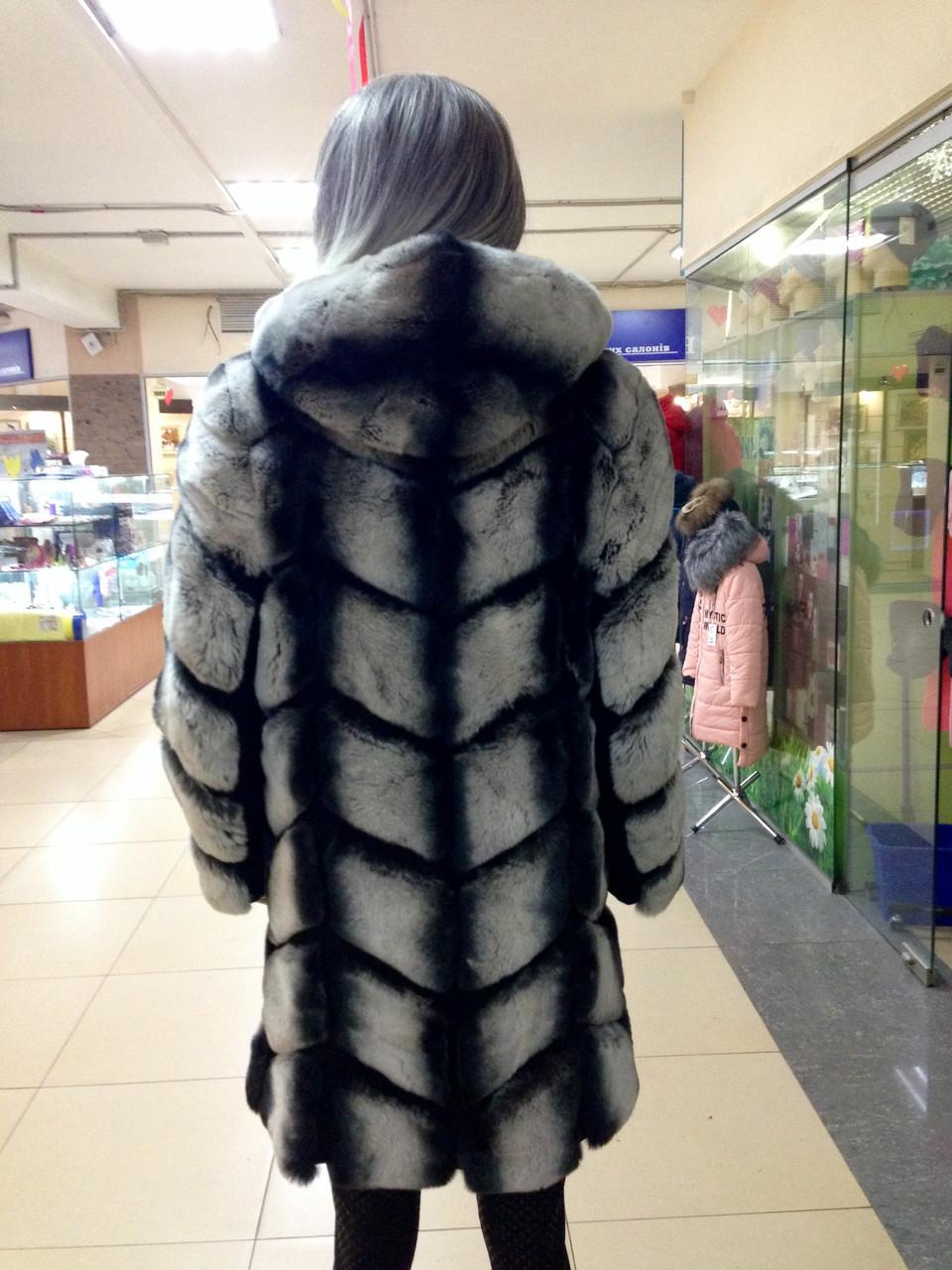 Шуба женская из меха шиншилла рекс - фото 5