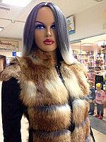 Жилетка из лисички с кожаными вставками по бокам и утяжкой