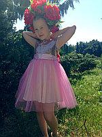 Нарядное платье для девочки с золотыми паетками