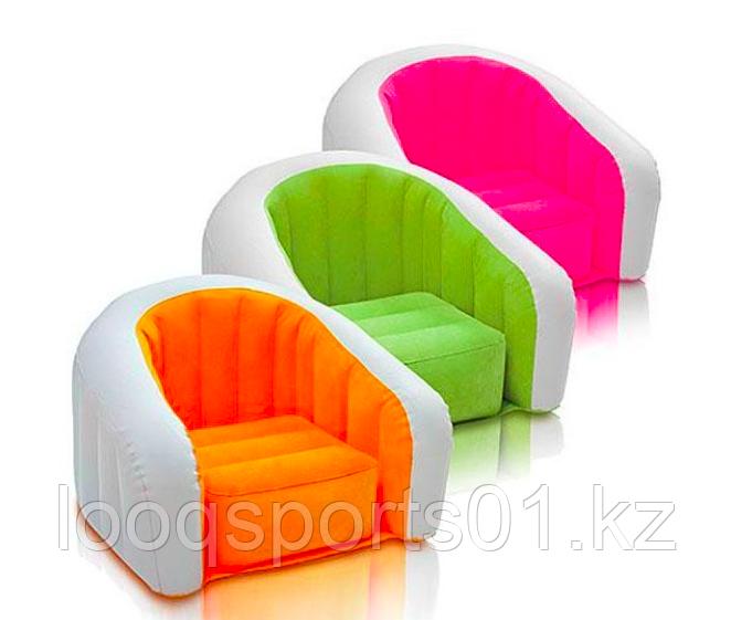 Надувное кресло диван Cafe Club Chair с велюром