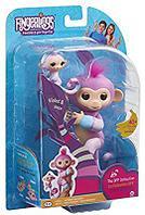 WowWee Fingerlings - Интерактивная ручная обезьянка Violet с малышом Hope  , фото 1