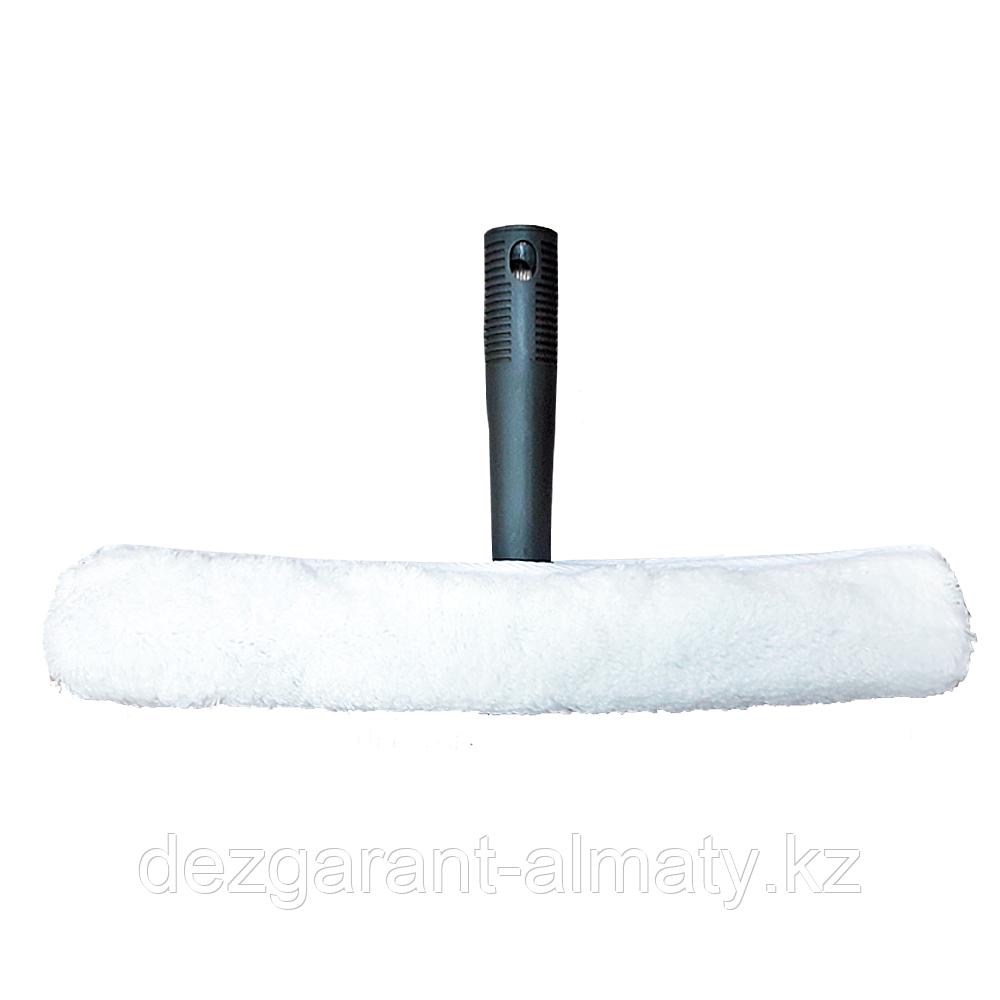 Пластиковая ручка с шубкой для мытья стекла 35 см