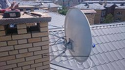 Были выполнены монтажные работы по установки и настройке спутниковой антенны и прокладке кабеля, для просмотра спутникового телеоператора (НТВ+ восток) в ЖК Акбулак 2.