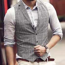 Мужские жилеты и безрукавки