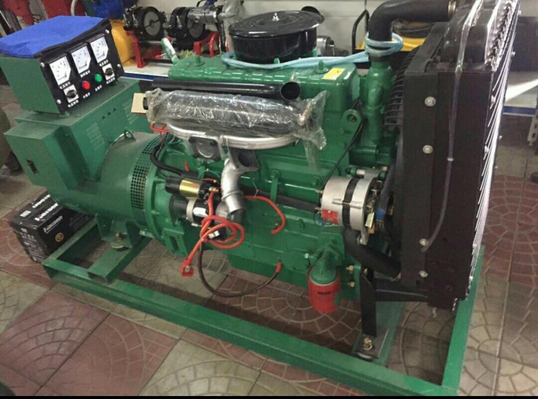 Дизельный генератор 75 кВт. ручной  запуск