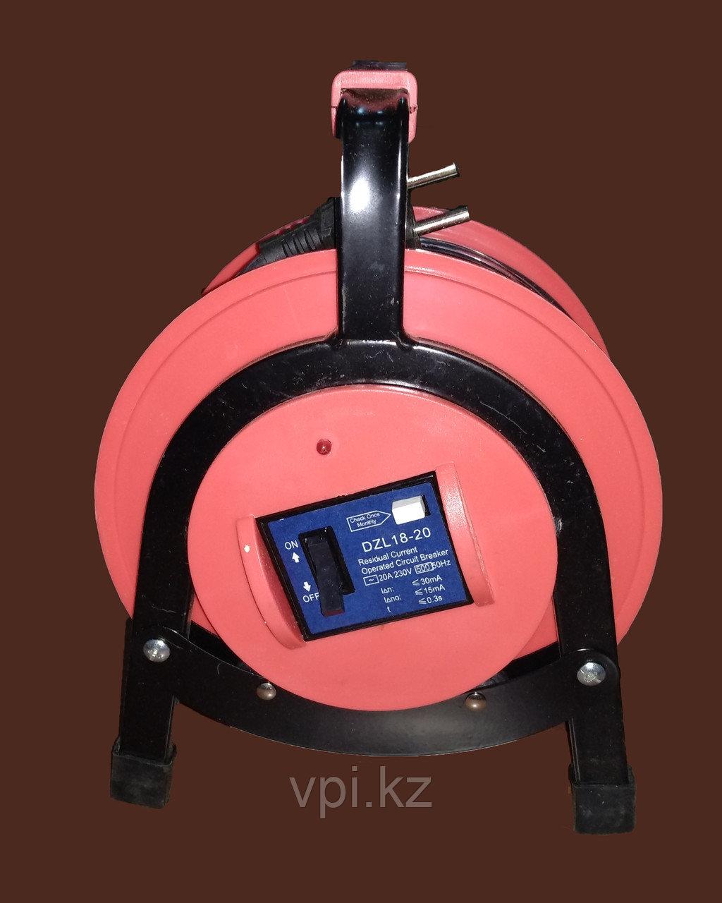 Удлинитель на кабельной катушке  30м 2*1.0 TOPWIN