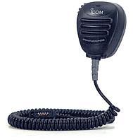 Icom HM-138