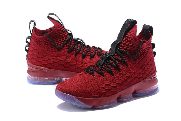 Баскетбольные кроссовки Nike LeBron 15 University Red and Black 44 размер - фото 3