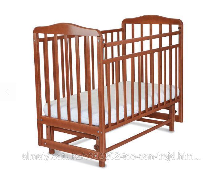 Кровать детская Митенька ( с маятником, цвет орех)