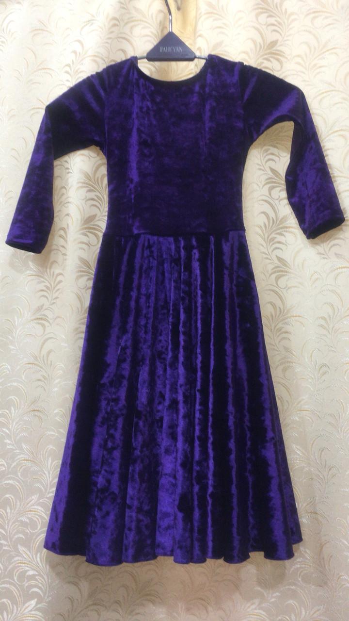 Рейтинговое велюровое платье