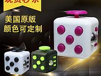 Развивающий кубик для детей.