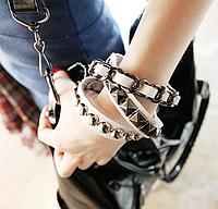 """Кожаный браслет """"Юджени"""""""