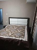 Кровать с честером макассар