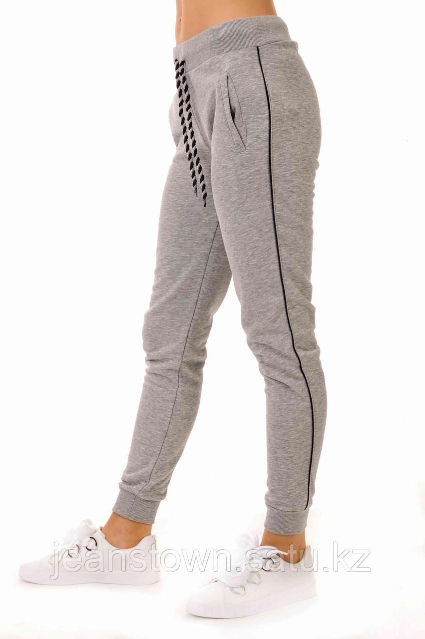 Спортивные штаны женские Joggy