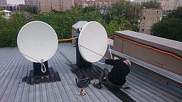 Установка настройка спутниковых антенн диаметром 90 см. для приема телеканалов со спутника ABS-2/2A @ 74.9° и 110 см. для приема со спутника Yamal 401 @ 90° с дополнительным крепление от ветров ( ВЕТРОЗАЩИТА ).