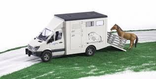 Брудер фургон Bruder Брудер MB Sprinter фургон с лошадью