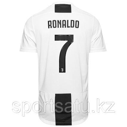 Ювентус форма детская 2018/19 домашняя (майка+шорты) с надписью Ronaldo 7