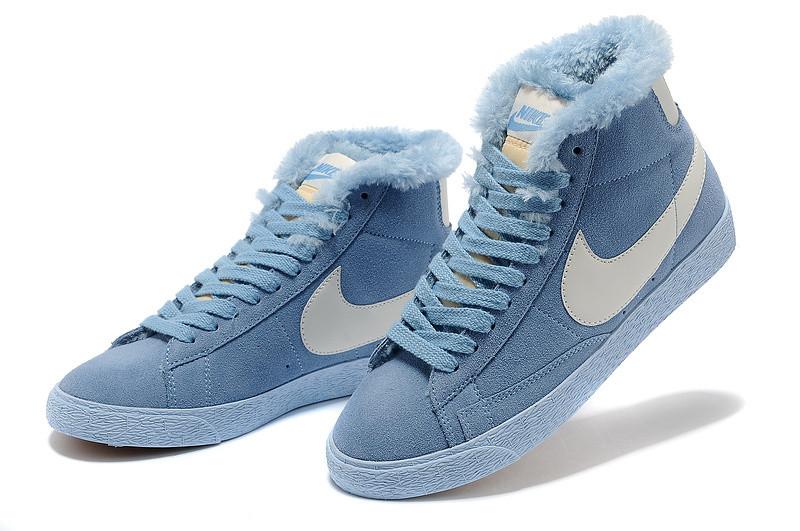 зимние кроссовки женские Nike Air Max голубые