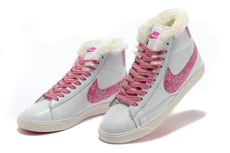 зимние кожаные  кроссовки женские Nike Air Max белые