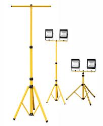 Штатиф и переносная подставка для прожектора