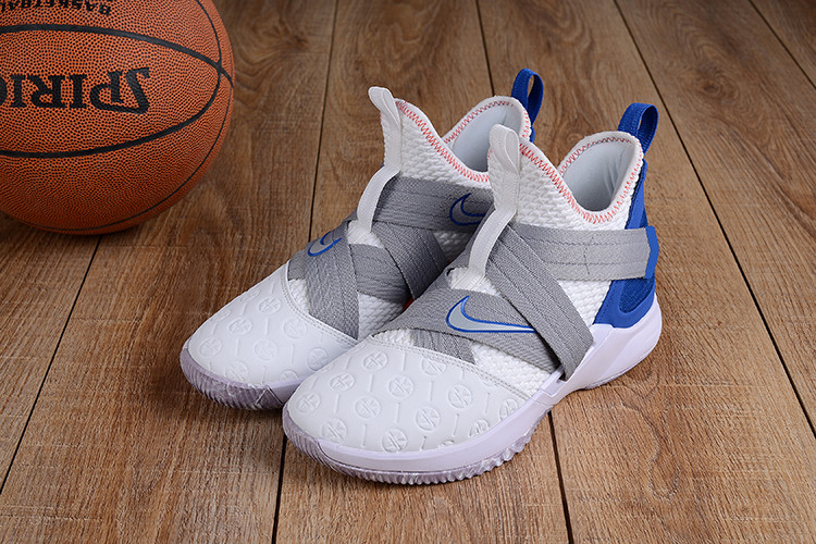 Баскетбольные кроссовки  Nike Lebron 12 Soldier