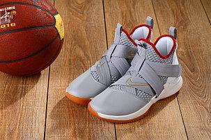 Баскетбольные кроссовки  Nike Lebron 12 Soldier, фото 2