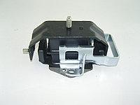 Опора двигателя mitsubishi pajero II montero mr210032