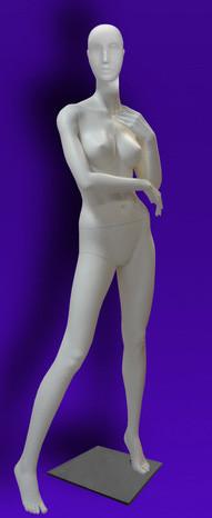 """Женские манекены для одежды """"Независимость"""" 32"""