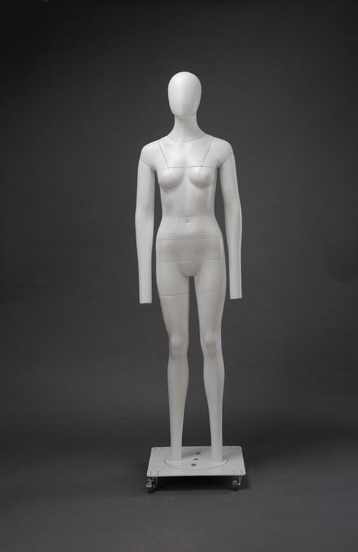 """Женский манекен-невидимка для фотосъемки """"Стелс"""""""