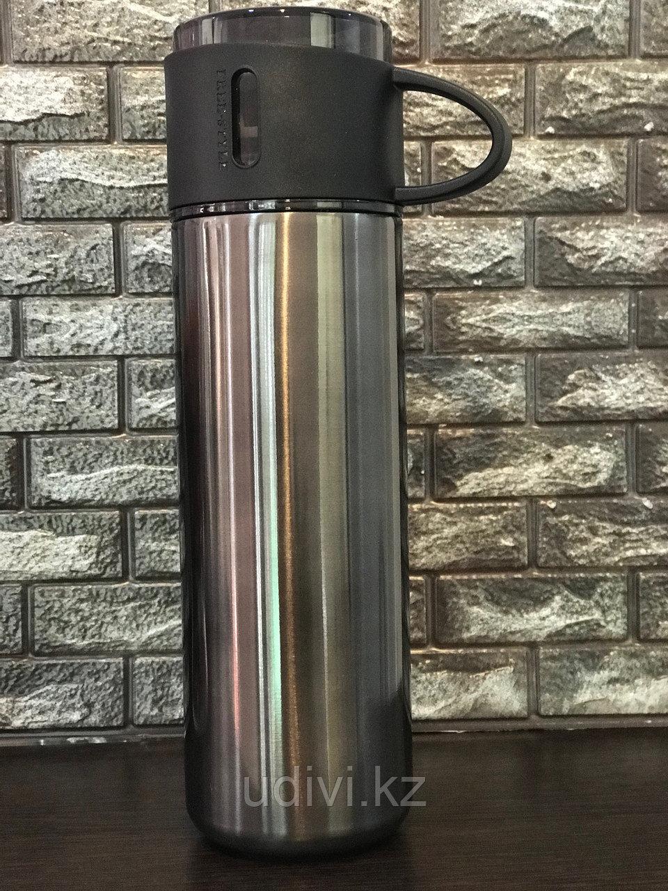 Термос стальной с чашкой.