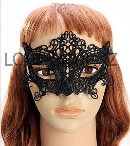 Кружевная маска.