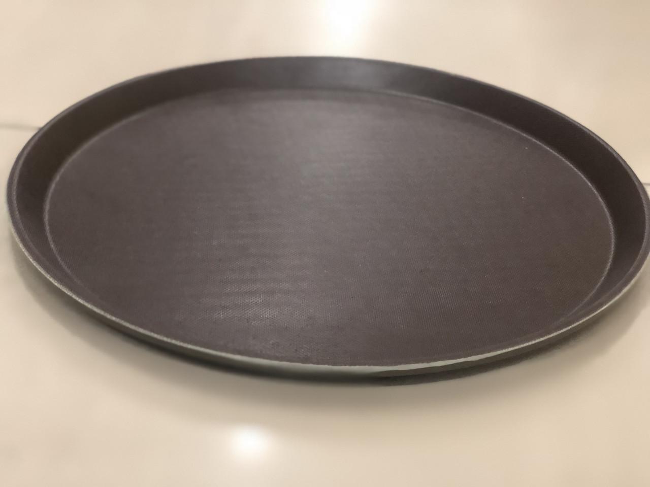 Поднос прорезиненный овальный коричневый