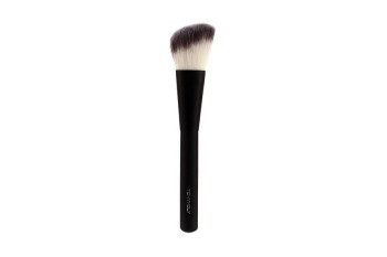 Кисть для скульптурирования Tony Moly Professional Cheek & Shading Brush