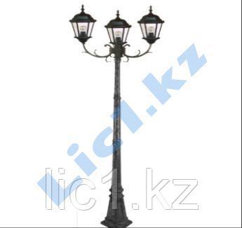 Садово - парковый тройной светильник на стойке черное золото
