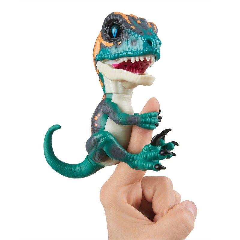 Fingerlings - Интерактивный ручной динозавр Фури