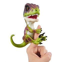 Fingerlings - Интерактивный ручной динозавр Стелс