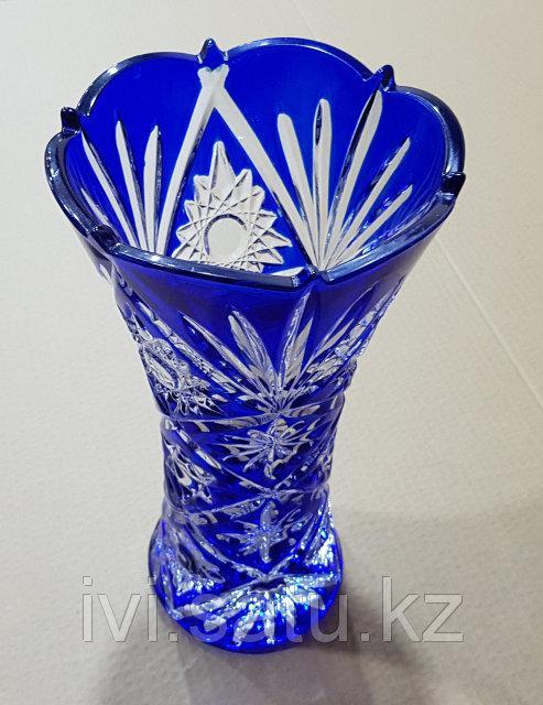 Декорированные вазы
