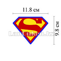Наклейка на автомобиль логотип супермена
