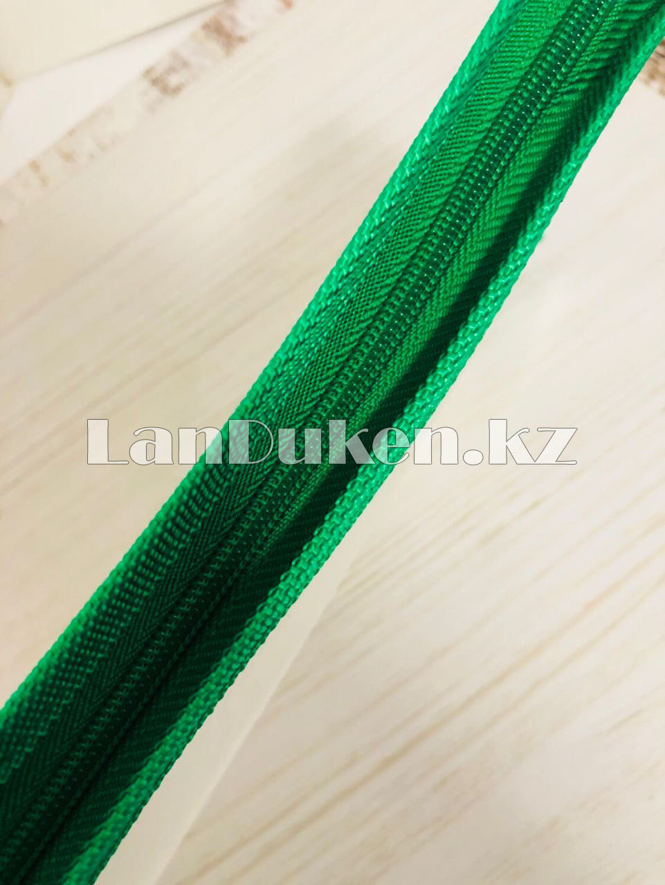 Папка на молнии А4 пластиковая с тканевой окантовкой (зеленая) - фото 2