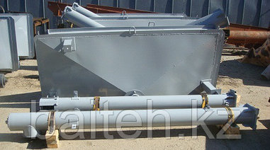 Автомобильный загрузчик сеялок АЗС-25М