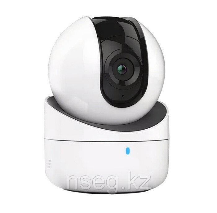 2Мп поворотная IP камера Hikvision DS-2CV2Q21FD-IW/16GB-T