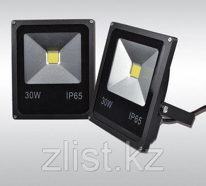 LED прожектор 30