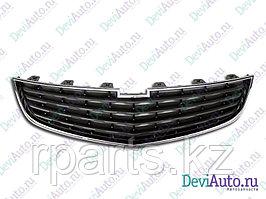 Решетка радиатора Chevrolet Cruze/ Шевроле Круз рест 2012-