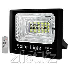 Мощный светодиодный прожектор с отдельной солнечной батареей и встроенными датчиками света 100 Вт