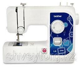 Бытовая швейная машинка Brother LX-700
